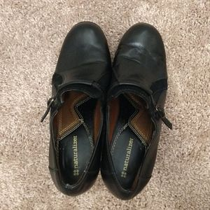 Women's Naturalizer 7.5W black leather shoes